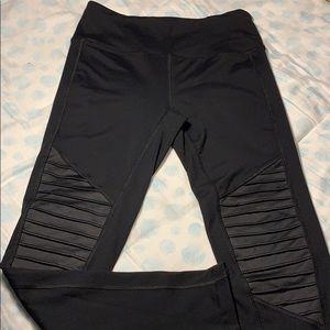 Forever 21 black leggings + pocket
